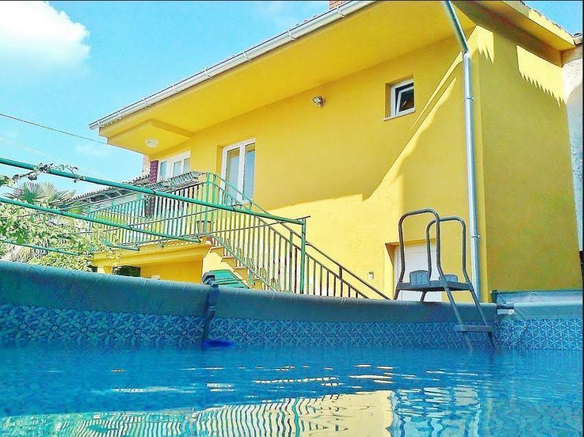 Gemütliche, rustikale Ferienwohnung mit eigen  in Kroatien
