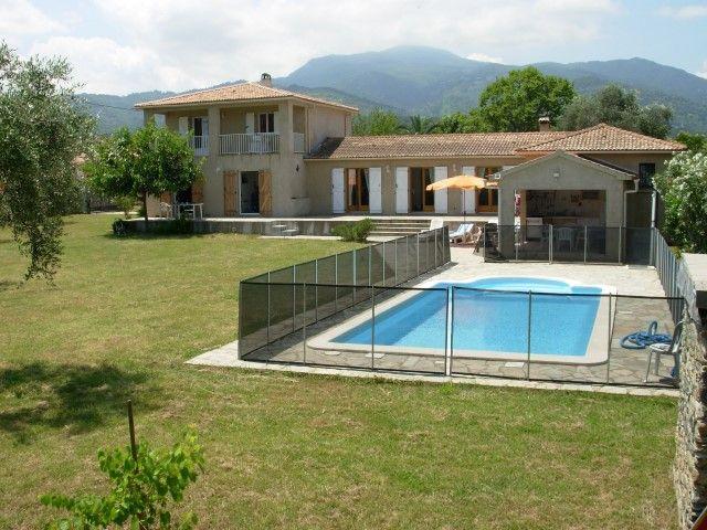 Familienfreundliche Villa mit Pool und wundersch&o  in Frankreich