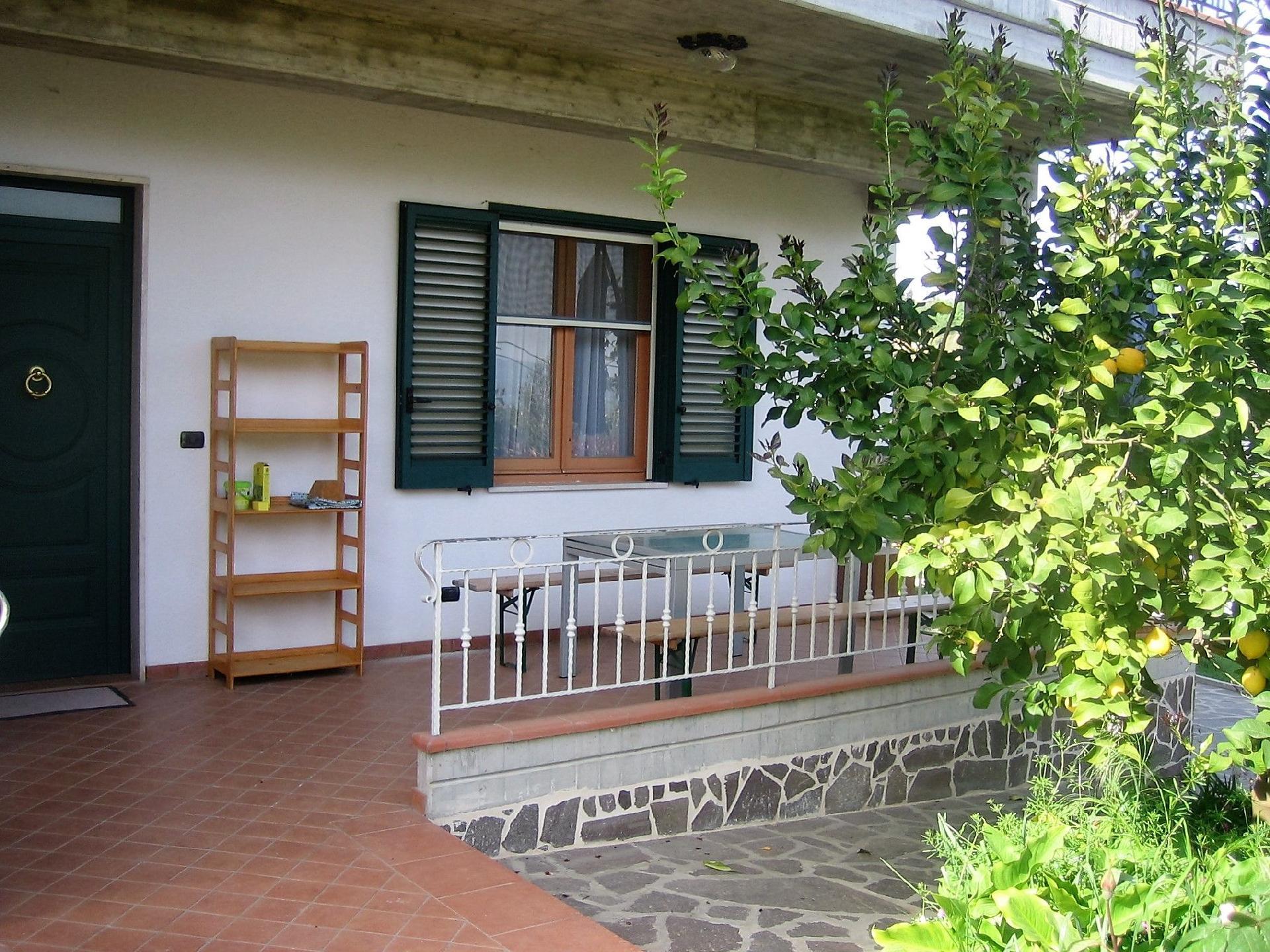 Ferienwohnung für 5 Personen  + 4 Kinder ca.   in Italien