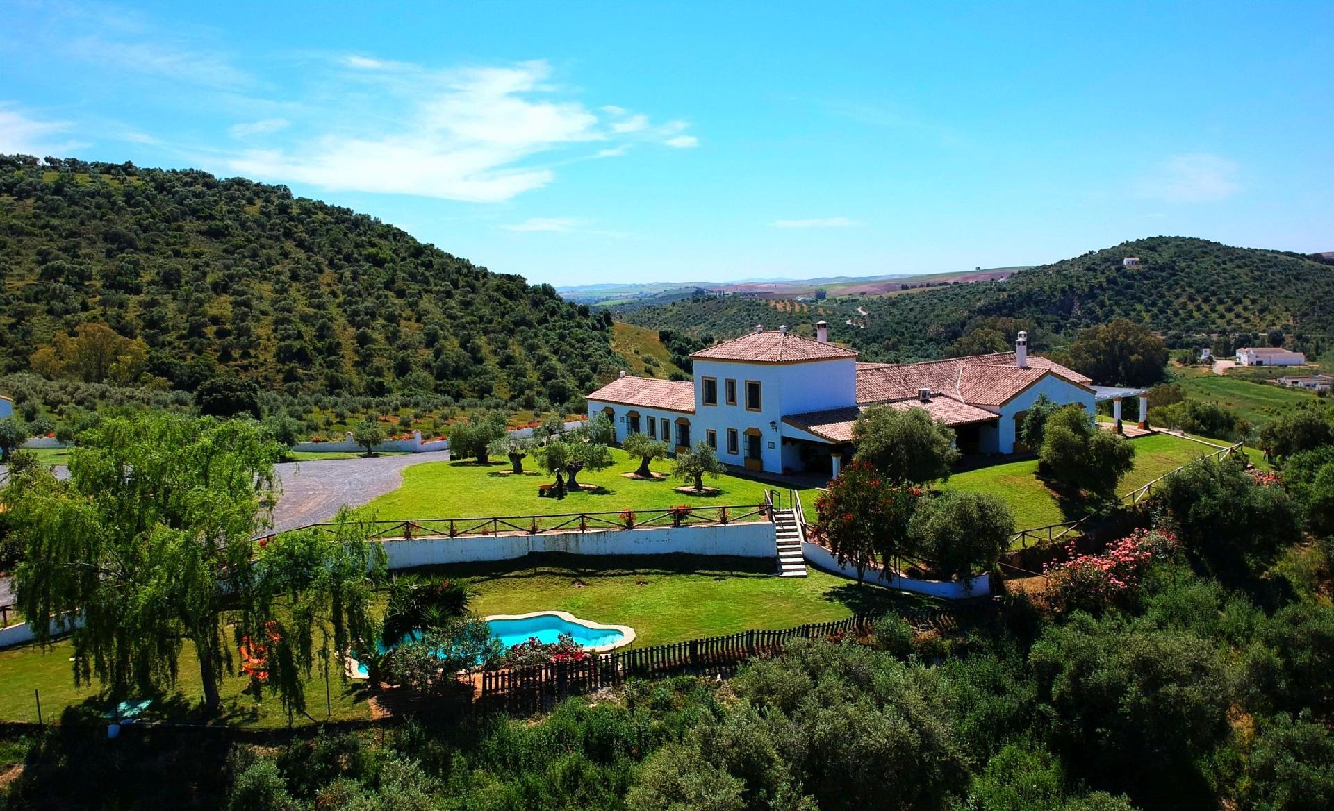 Ferienhaus mit Privatpool für 18 Personen  +  Bauernhof in Spanien