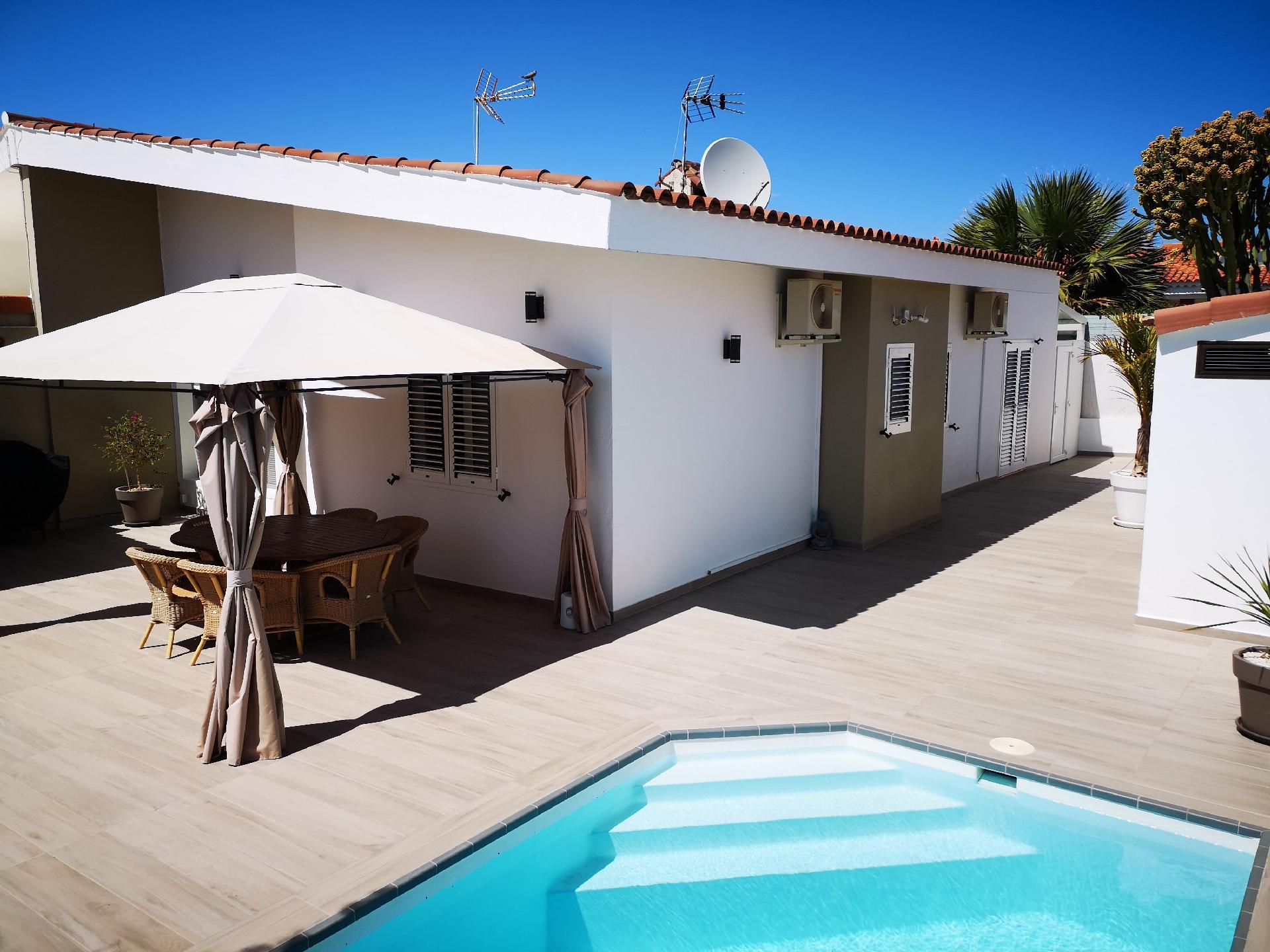 Ferienhaus mit Privatpool für 4 Personen ca.   in Spanien