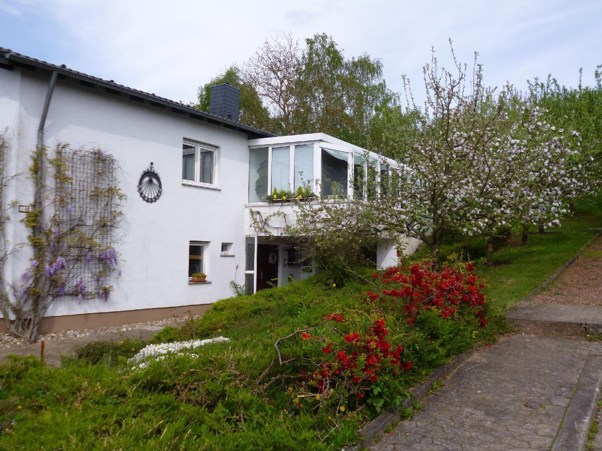 Ferienwohnung für 4 Personen  + 1 Kind ca. 89   Saarland