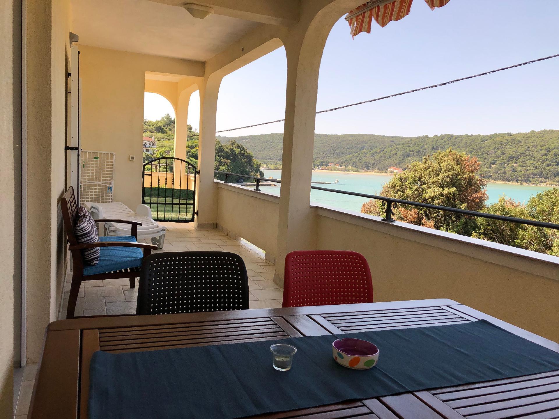 Ferienwohnung für 4 Personen ca. 80 m² i   Insel Rab