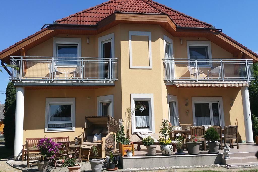 Luxuswohnung für max. 6 Pers. mit Sauna und g  in Ungarn