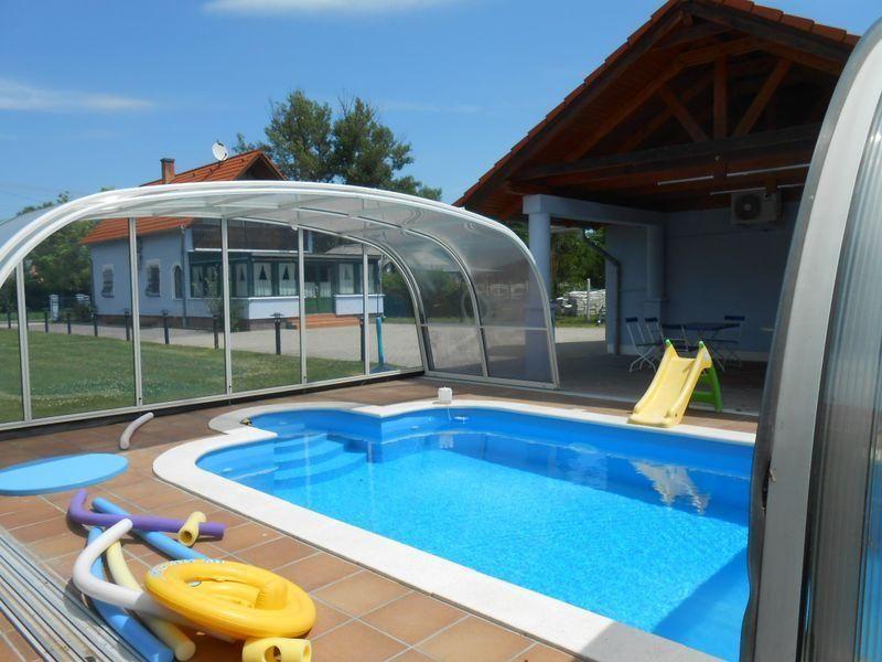 Ferienhaus mit Pool, Klima, WLAN, für 6 Perso  in Ungarn