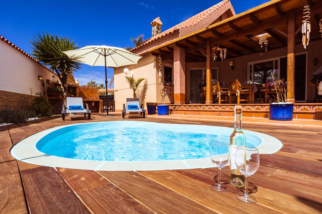 Ferienhaus Hibiscus mit privatem Pool für bis  in Spanien