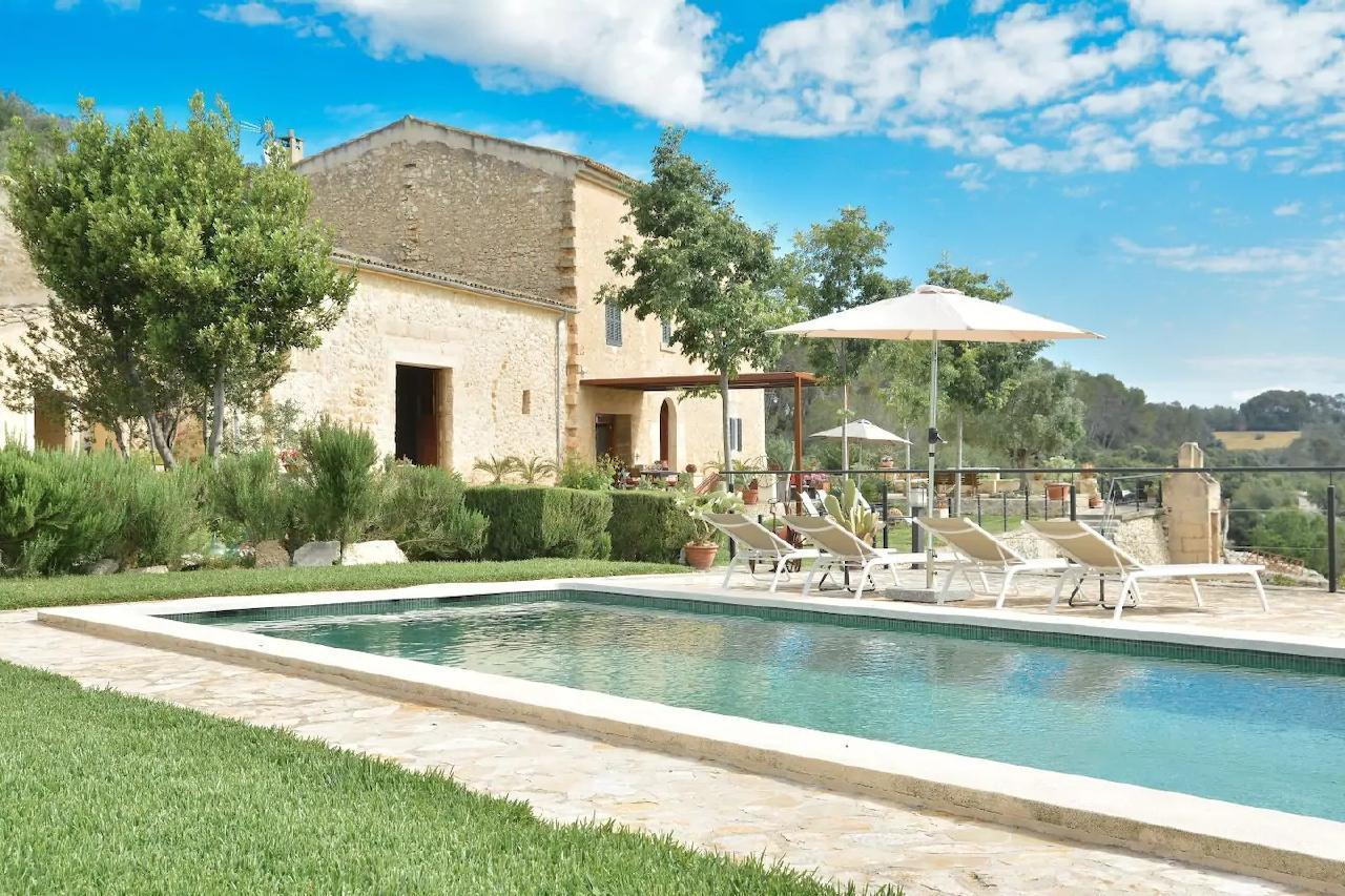 Finca in herrlicher Alleinlage mit privatem Pool u Besondere Immobilie in Spanien