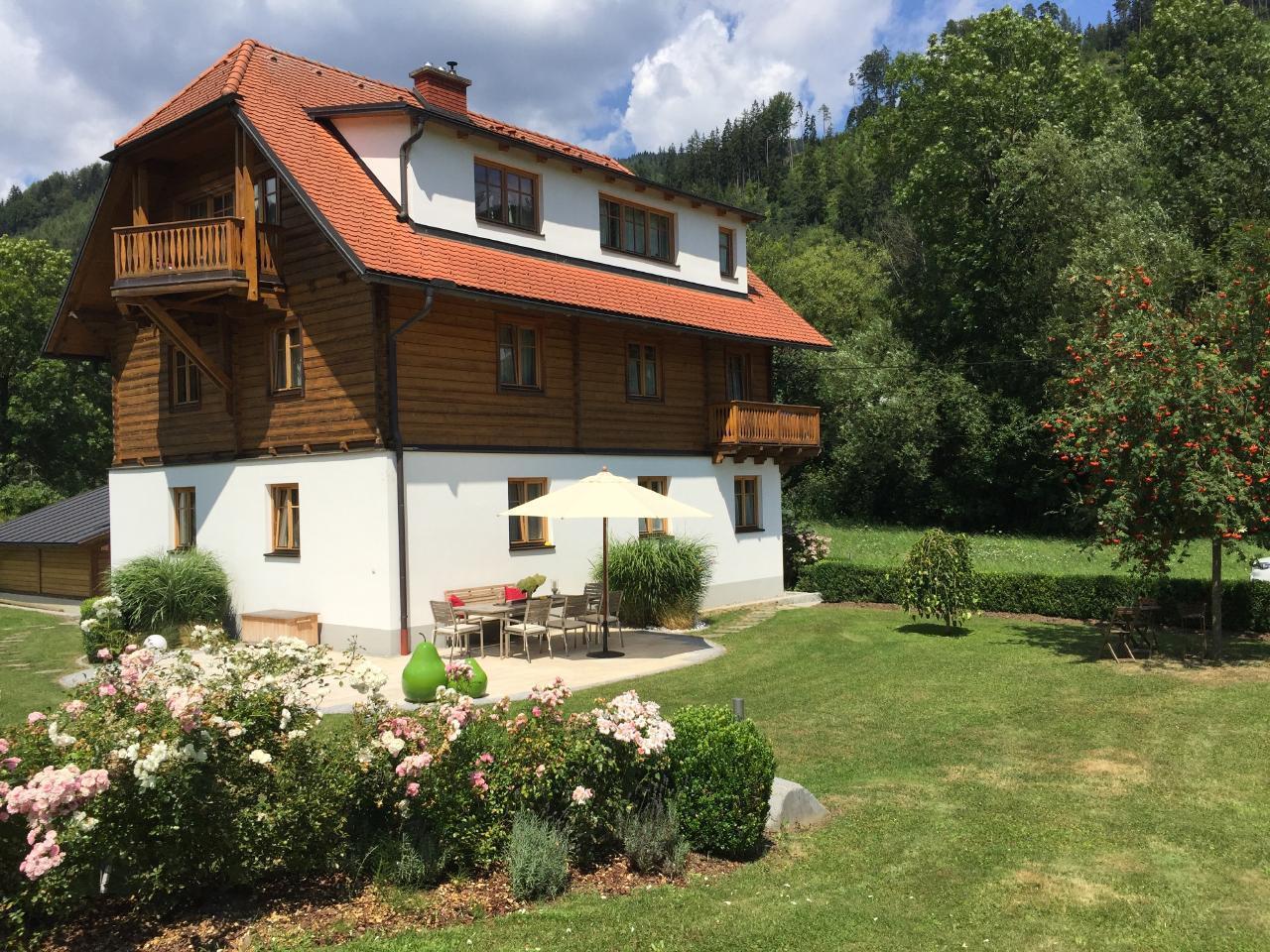 Landhaus am Bach mit 3 Apartments