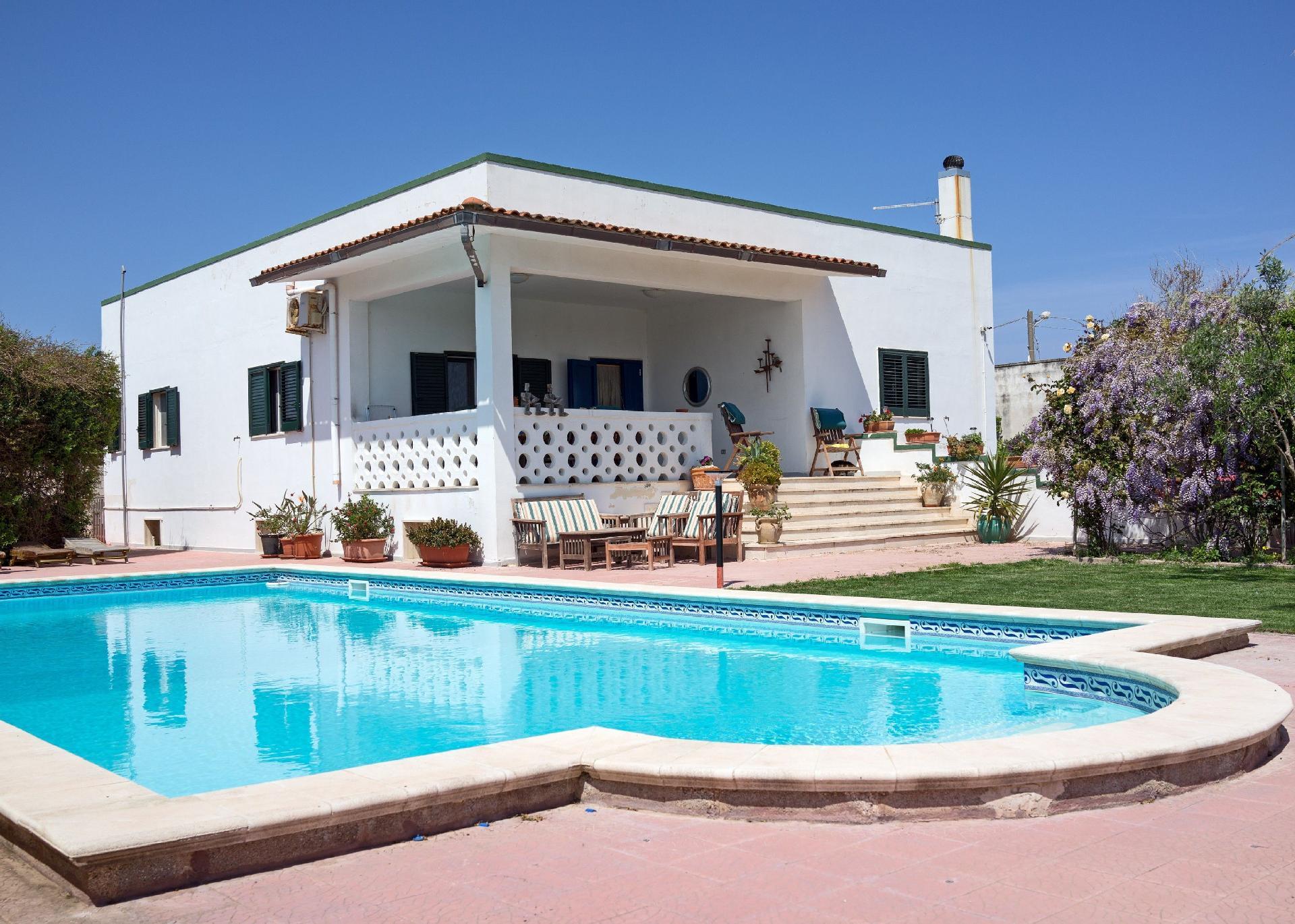 Ferienhaus mit Privatpool für 8 Personen ca.   in Italien