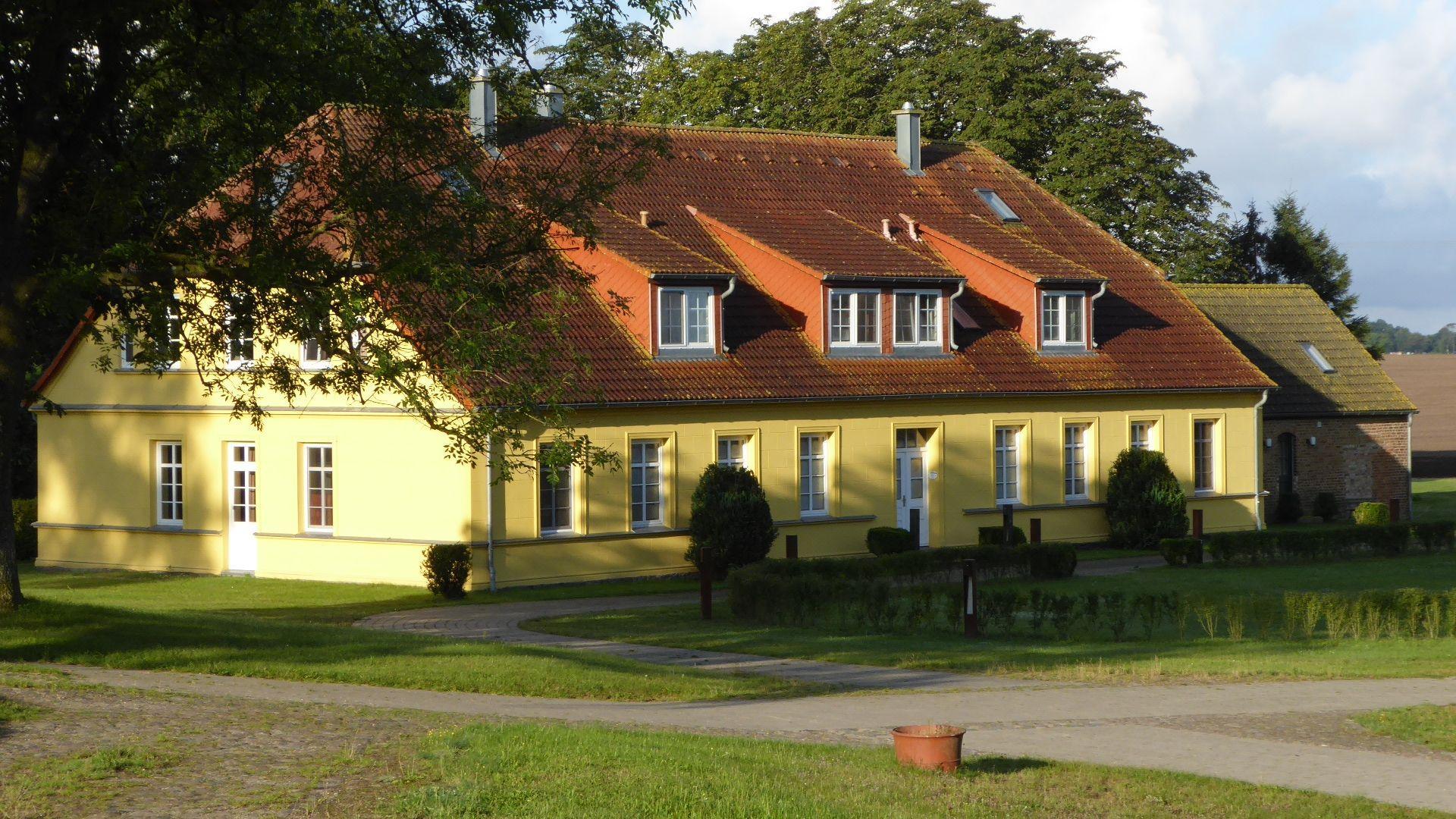 Ferienwohnung für 4 Personen ca. 86 m² i Besondere Immobilie auf Rügen