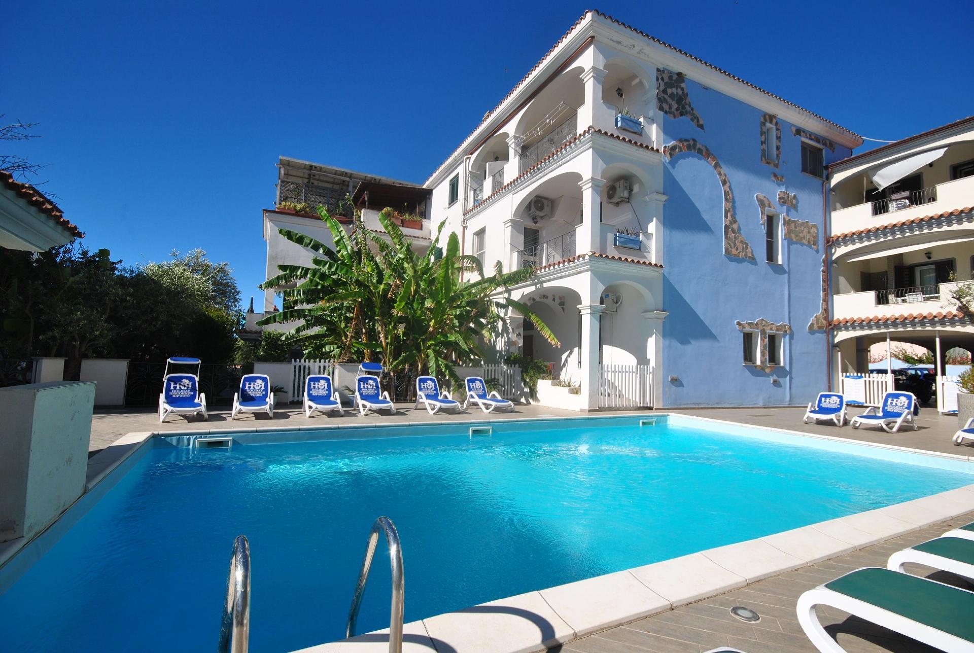 Ferienwohnung für 4 Personen ca. 65 m² i  in Italien