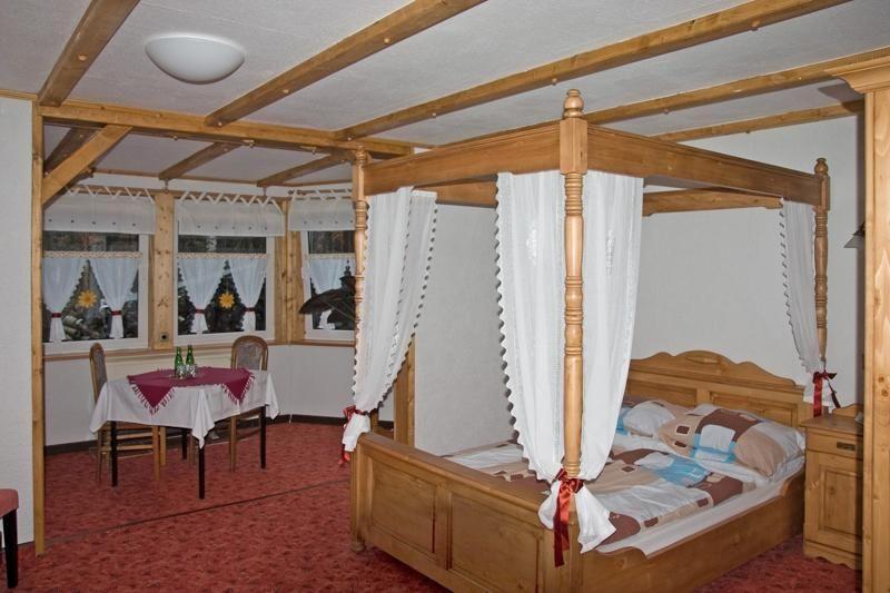Gästezimmer für 2 Personen ca. 25 m²