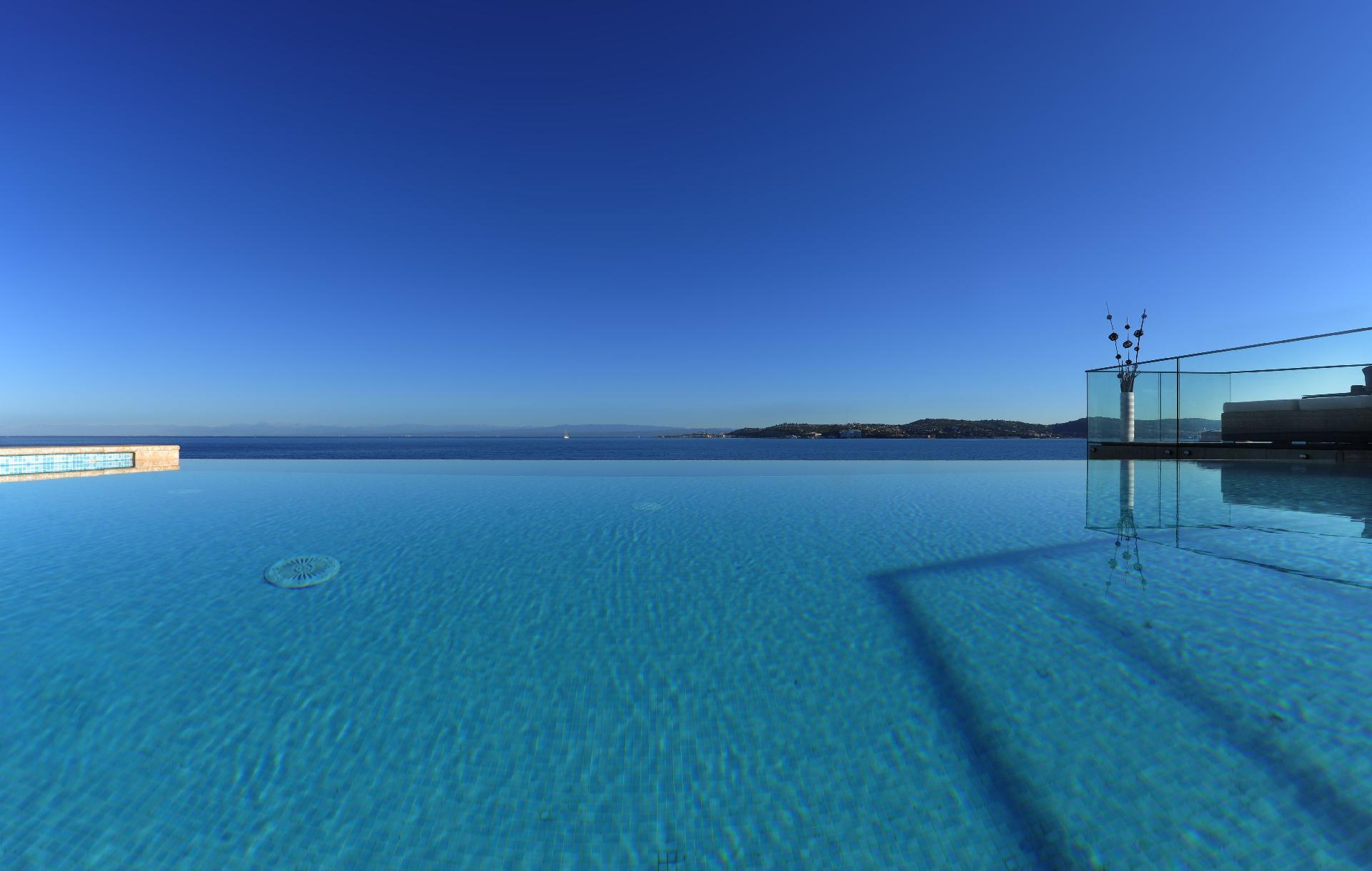 Ferienhaus mit Privatpool für 9 Personen  + 1  in Kroatien