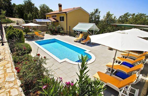 Ferienhaus für 8 Personen ca. 129 m² in   in Kroatien