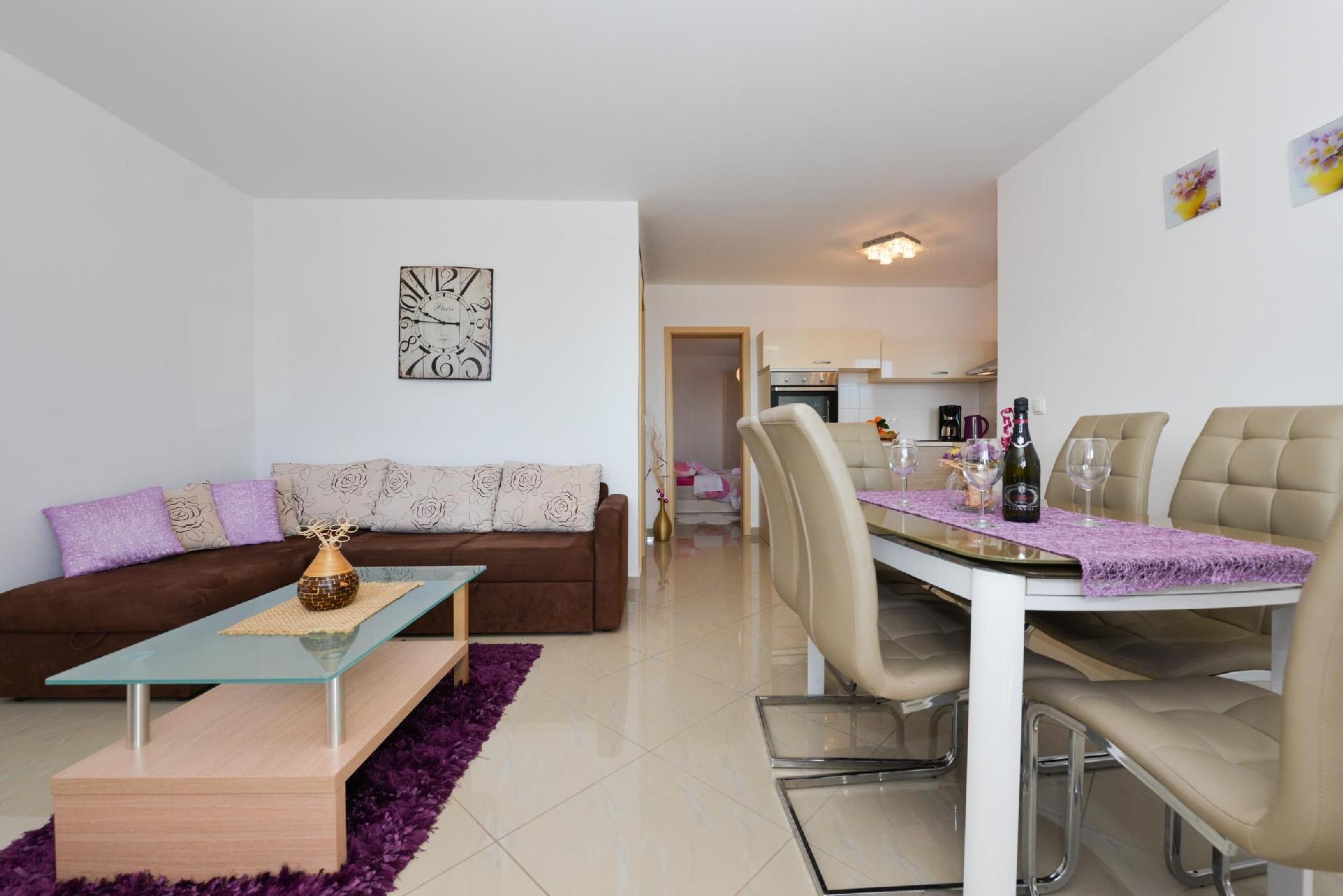 Ferienwohnung für 5 Personen ca. 43 m² i  in Kroatien