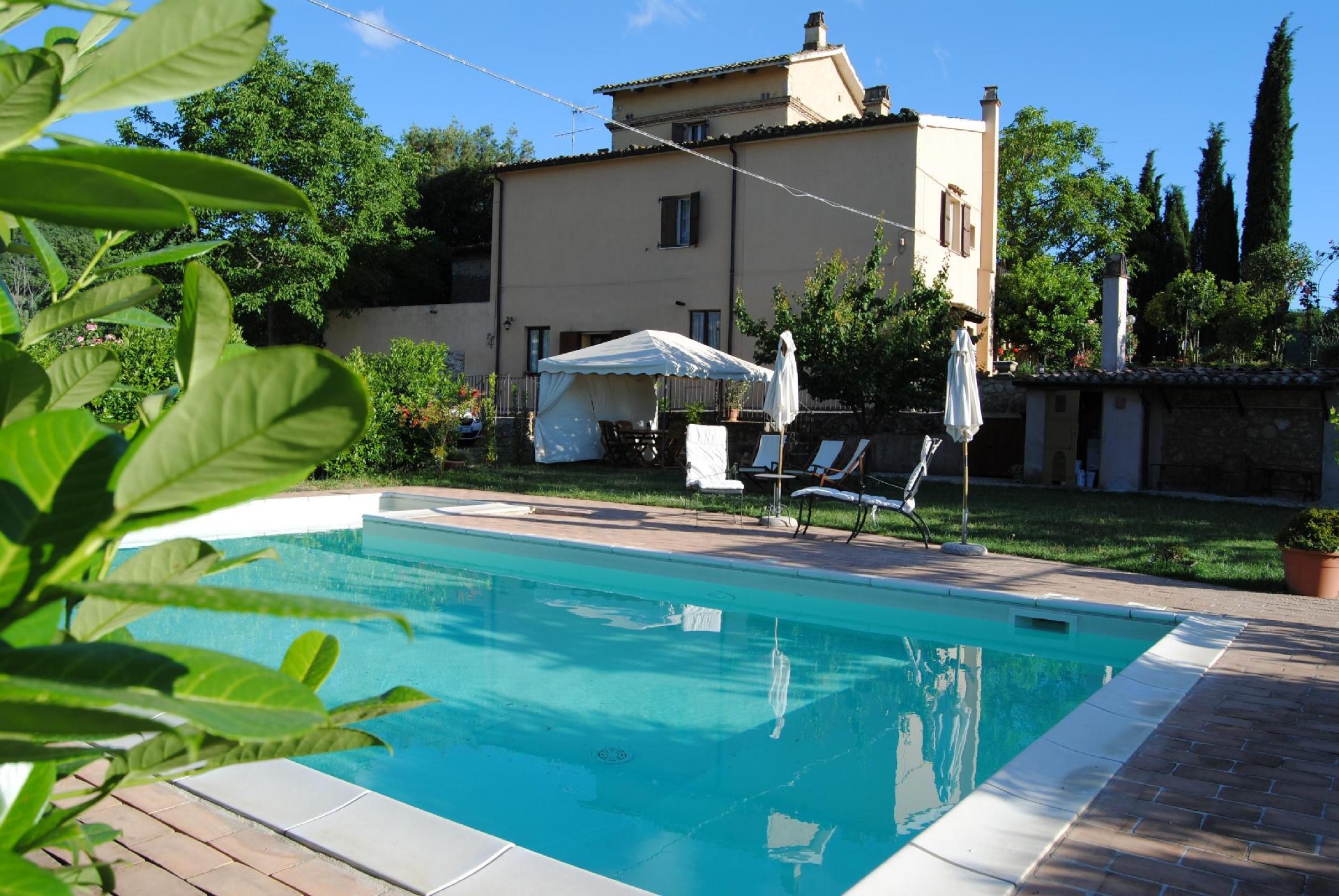 Ferienhaus für 11 Personen  + 2 Kinder ca. 20  in Italien